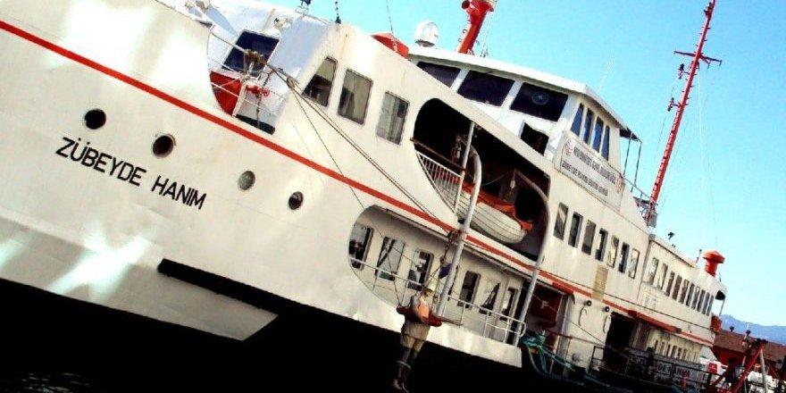 İzmir'de Zübeyde Hanım Gemisi Anneler Günü'nde hizmete açıldı