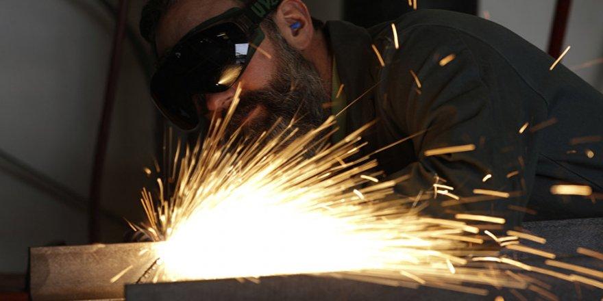 Tüik-Sanayi Üretimi Mart'ta Yıllık Bazda Yüzde 2.2 Azaldı