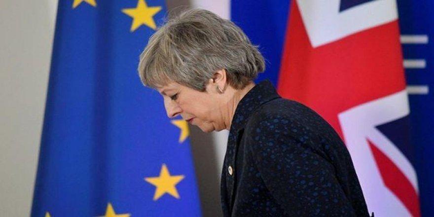 Son Dakika Bomba İddia! İngiltere Başbakanı There May'in Yarın İstifa Etmesi Bekleniyor