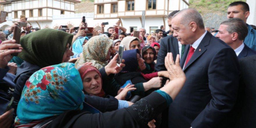 Erdoğan'dan İş Bulamıyorum Diyen Kadına Beklenmedik Cevap