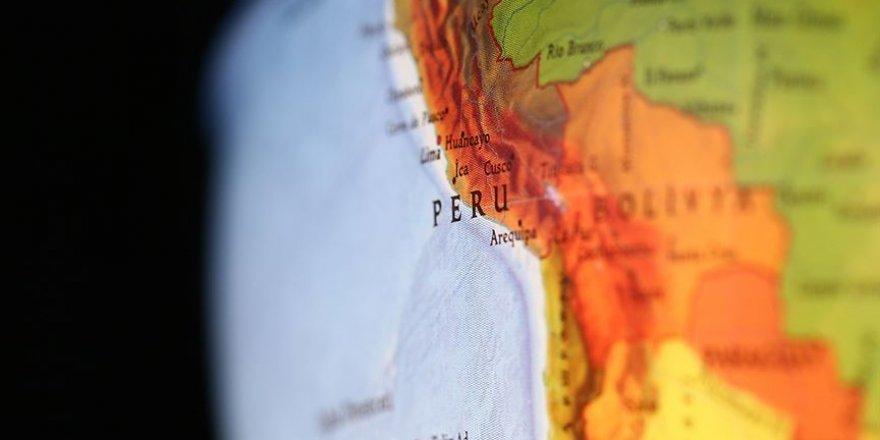 Peru 8 Büyüklüğünde Deprem İle Sallandı