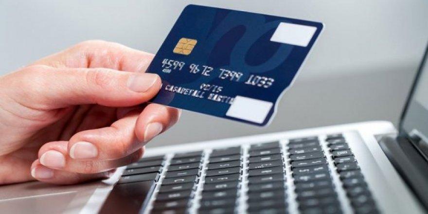 Tüketici Örgütü Temsilcileri Kredi Kartı Aidatı'na Yeni Düzenleme Yapılması Talebinde Bulundu