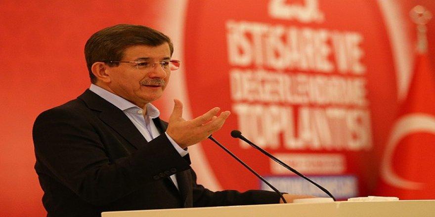 Ahmet Davutoğlu, Diyarbakır'da Yeni Parti İddialarına Yanıt Verdi