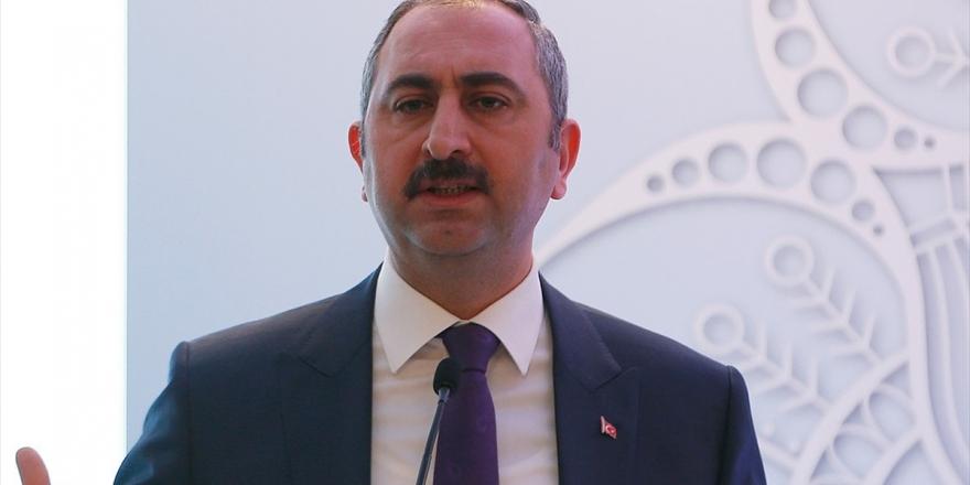 Adalet Bakanı Gül: Türkiye'yi Daha Büyük Bir Hale Getirmeye Devam Edeceğiz