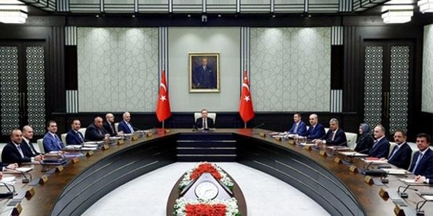 Önceki hükümetin 5 bakanına yeni görev