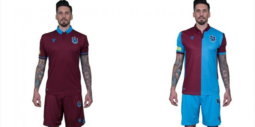 Trabzonspor'da Yeni Sezon Formaları Satışa Çıktı