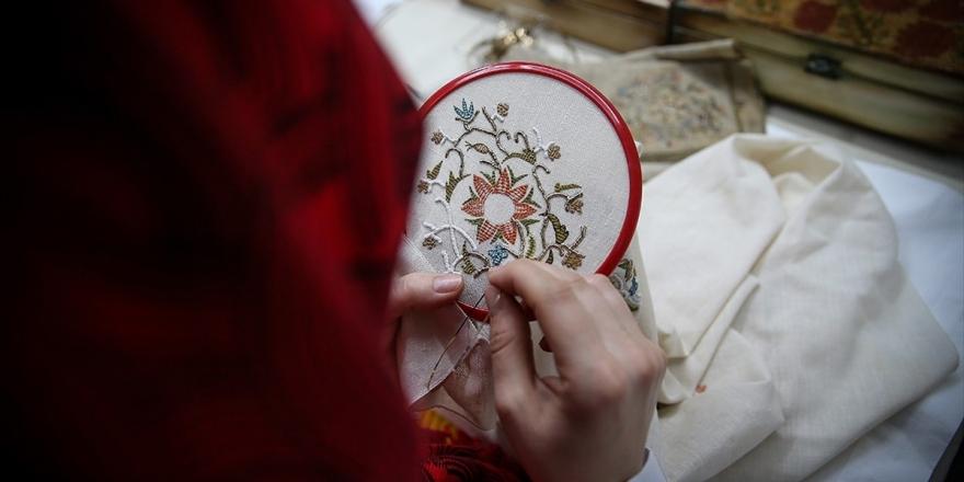 Genç Kızların Çeyizlerinden Müzeye 'Asırlık Nakışlar'