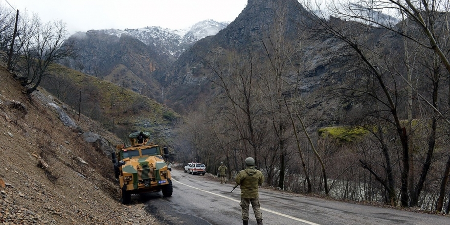 Tunceli'de Mağarada Kıstırılan 5 Terörist Etkisiz Hale Getirildi