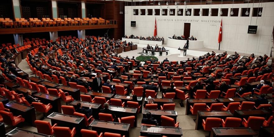 Meclis Yeni Askerlik Sistemi İçin Mesai Yapacak