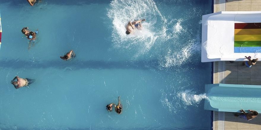 Havuza Gireceklere Enfeksiyon Uyarısı