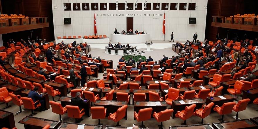Meclis'in Yeni Askerlik Sistemi Mesaisi Sürecek