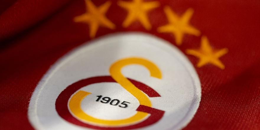 Galatasaray'ın İç Saha Forması Satışa Sunuldu