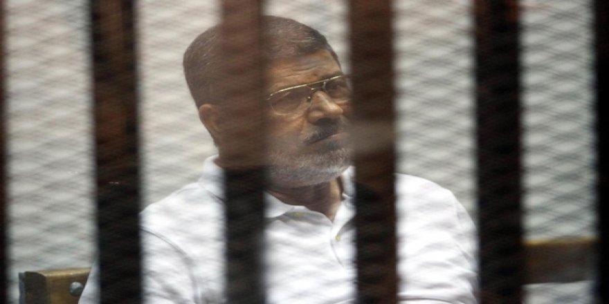 Mısır Bu İddiayı Konuşuyor: Mursi'ye 20 Dakika Boyunca Müdahale Edilmedi