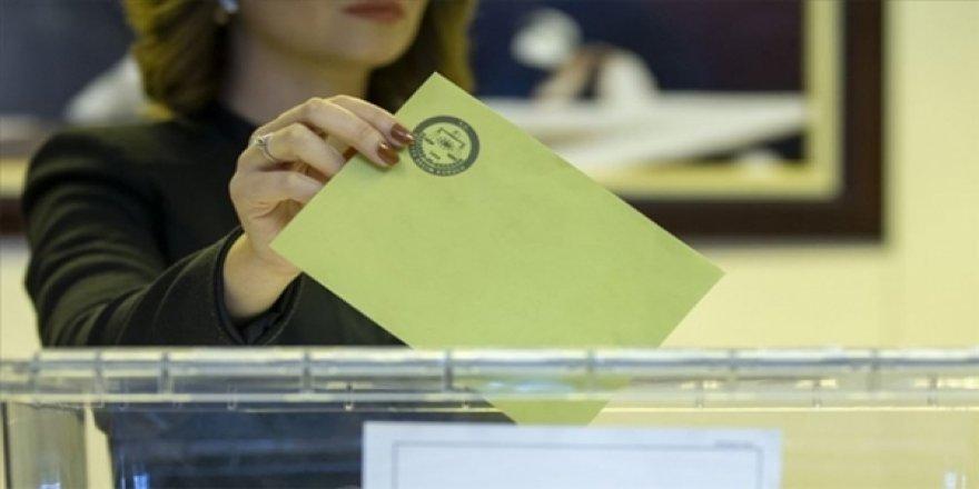 İstanbul Büyükşehir Belediye Başkanlığı Seçimi İçin Oy Verme İşlemi Başladı