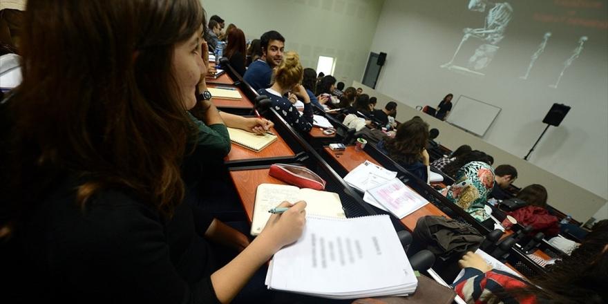 Üniversitelileri İş Hayatına Hazırlayacak Program İçin Başvurular Başladı