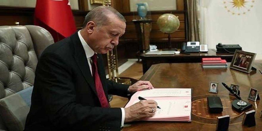 Cumhurbaşkanı Erdoğan Çok Sayıda Bürokratı Görevden Aldı