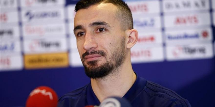 Fenerbahçe Tecrübeli Futbolcu İle Yollarını Ayırdı