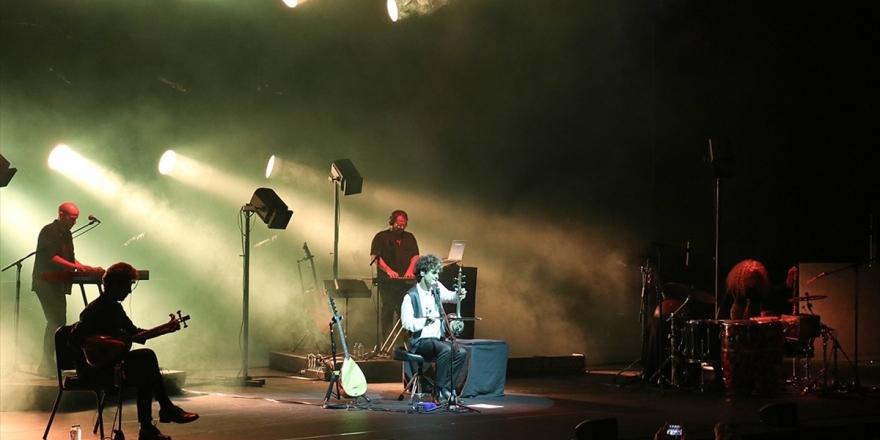 Mark Eliyahu Zorlu Psm'de Konser Verdi