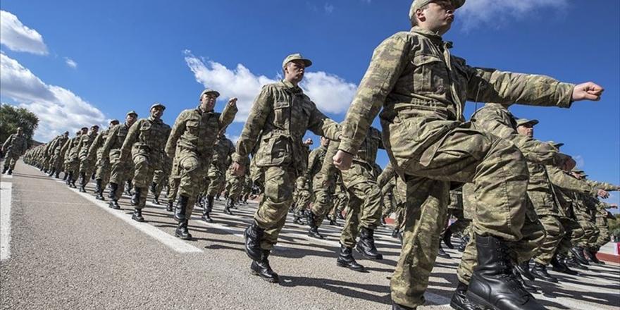 Milli Savunma Bakanı Akar: Terhis İşlemlerinin Tamamlanması İçin Çalışmalar Sürüyor