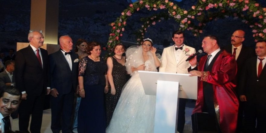 CHP Genel Başkanı Kılıçdaroğlu, Hatay'da Düğüne Katıldı