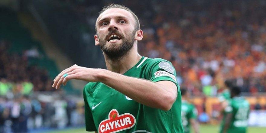 Fenerbahçe Vedat Muriç'i Transfer Etti