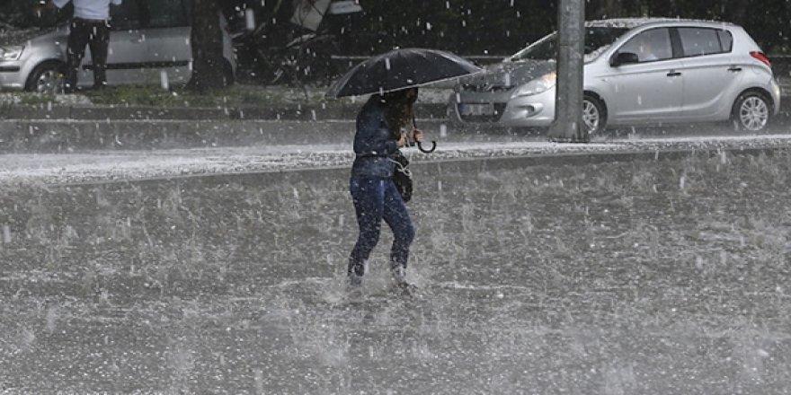 Meteoroloji'den 13 İl İçin Sağanak Yağış Uyarısı