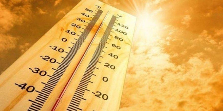 İstanbul'da Termometreler Öğlen Saatlerinde 40 Dereceyi Gösterdi