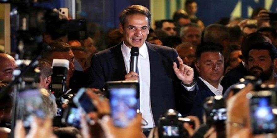 Yeni Yunan Başbakanı: İltica Hakkına Sahip Olmayanları Türkiye'ye İade Edecek