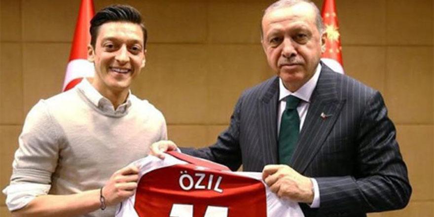 Erdoğan'dan Mesut Özil açıklaması: 'Tavrı yerli ve milli'