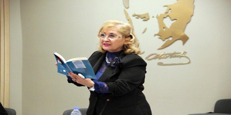 Ünlü Şair Faika Sarp ngazete Yazarı Onur Akbaş'a Konuştu