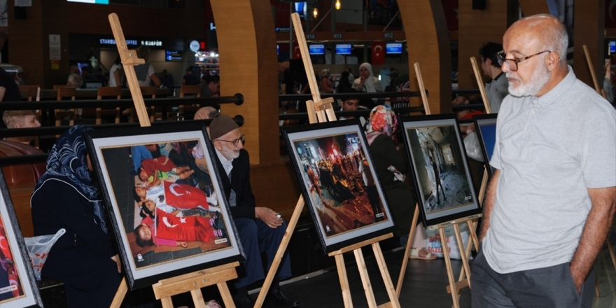 İstanbul Sabiha Gökçen Havalimanı'nda '15 Temmuz' Fotoğraf Sergisi