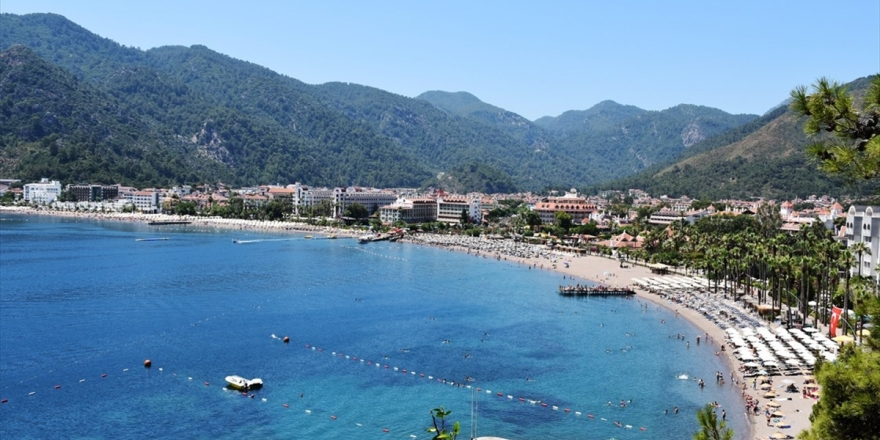 'Turizmde Her Güne Rekor Haberiyle Başlıyoruz'