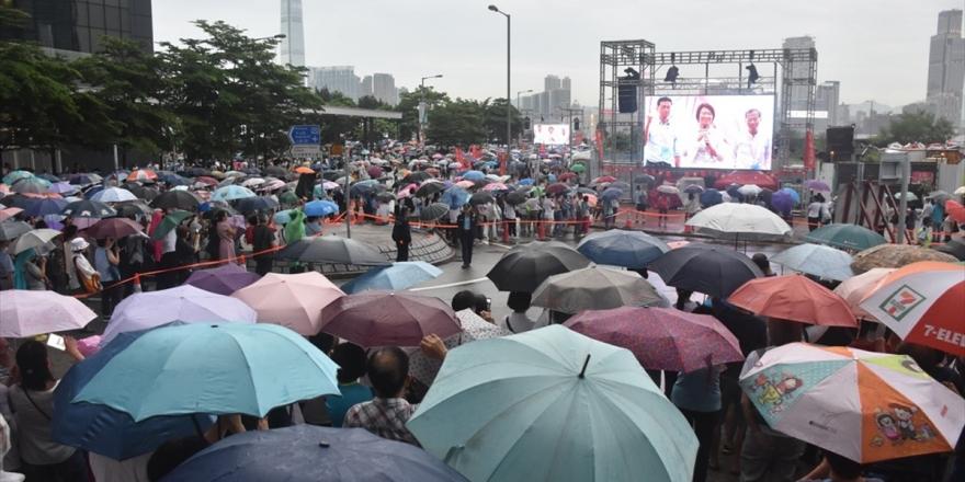Hong Kong'da Halk Çin'e İade Yasasını Protesto İçin Tekrar Sokaklarda