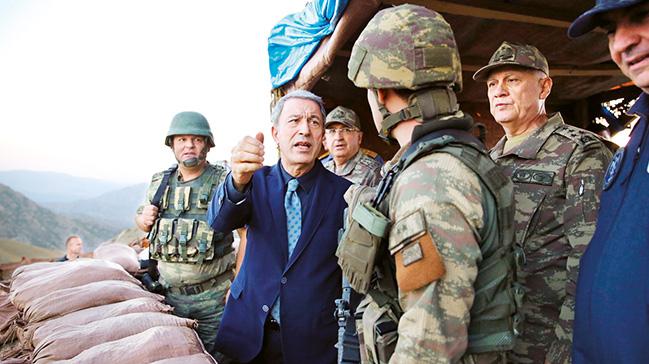 """Milli Savunma Bakanı Akar, """"TSK'da FETÖ'ye dair tek bir şüphe kalmayacak"""""""