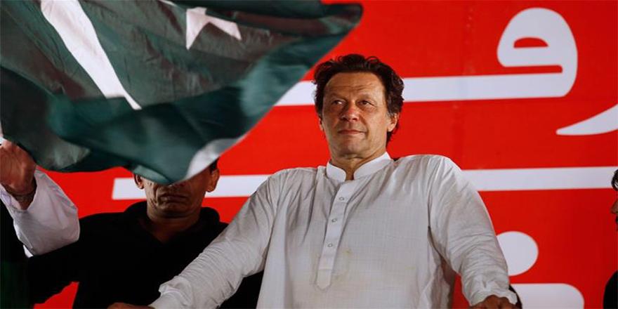 Pakistan'da İmran Han zaferi
