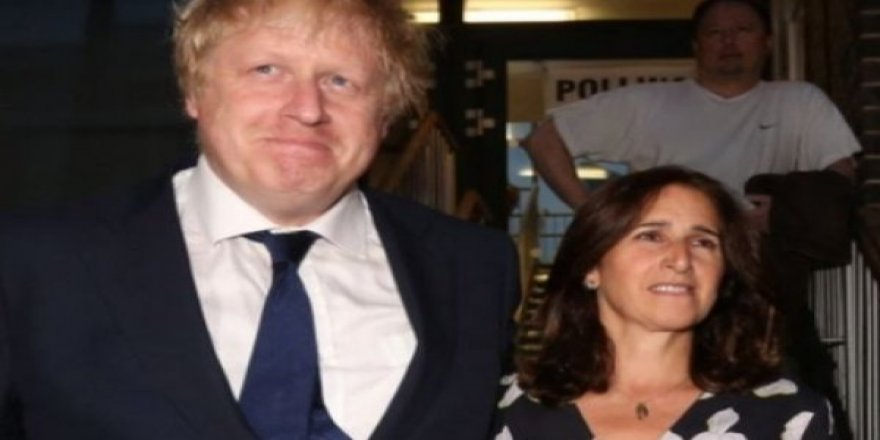 Boris Johnson Sevgilisiyle Başbakanlık Konutunda Yaşayacak