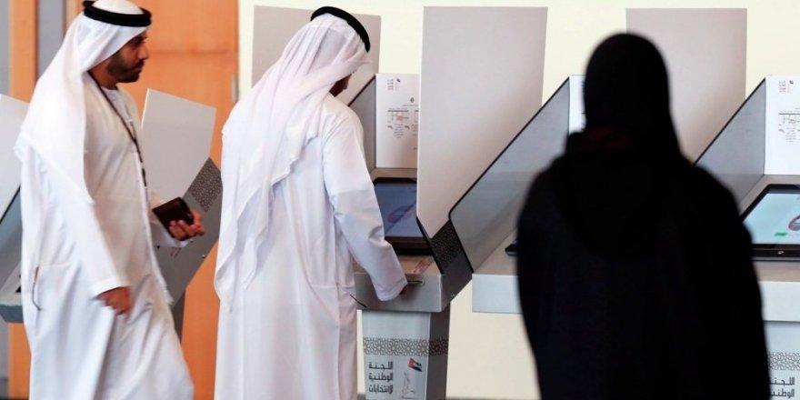 BAE'den Türkiye'deki vatandaşlarına uyarı: Dönüş yolunda SIM kartınızı iptal edin