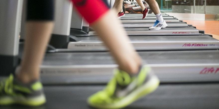 Prof. Dr. Öneş: Uygun Dozda Egzersiz Kronik Hastalıkları Önlüyor