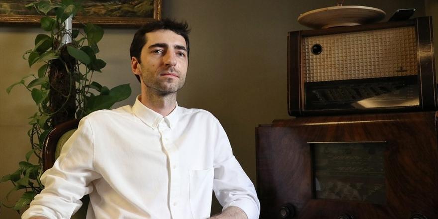 Piyanist Evgeny Grinko: Rusya'da Şarkı Bitince, Türkiye'de İse Başladığında Alkışlıyorlar