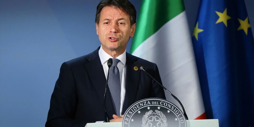 İtalya Başbakanı Conte İstifa Edecek