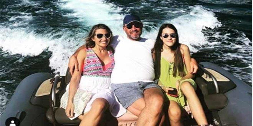 Hamdi Akın, Kızlarıyla Bodrum'da Tatilde