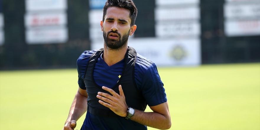 Fenerbahçe Alper Potuk'la Yeni Sözleşme İmzaladı