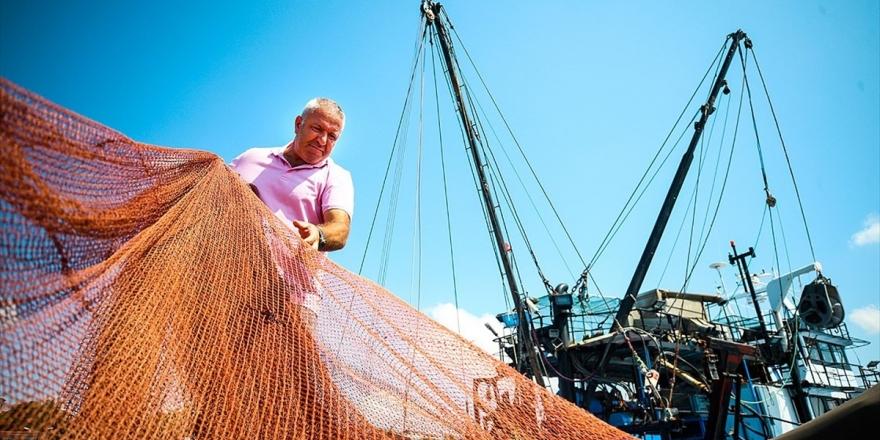 Balıkçılar 'Vira Bismillah' İçin Gün Sayıyor