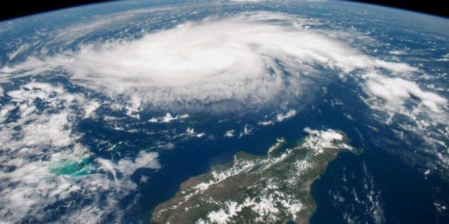 Dışişleri Bakanlığı'ndan Dorian Kasırgası Uyarısı
