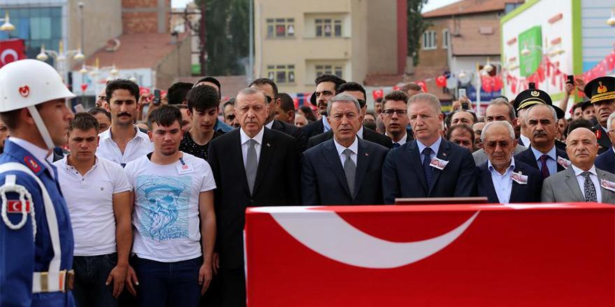 Erdoğan: İdam parlamentodan geçerse onaylarım