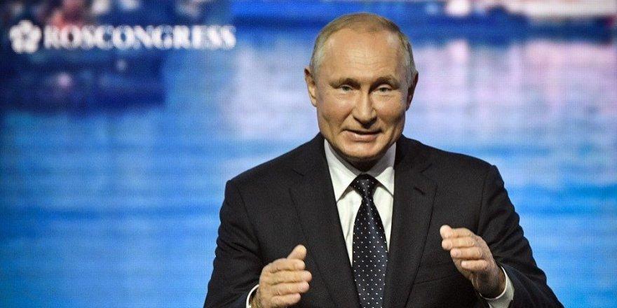 Putin, Trump'a Rus Yapımı Hipersonik Füze Almayı Önerdi