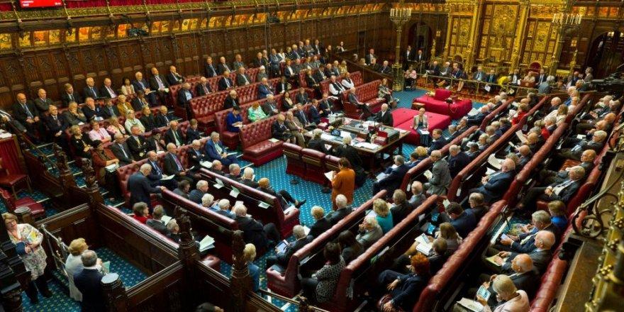 Johnson'a Bir Darbe de Lordlar Kamarası'ndan: Anlaşmasız Brexit'i Engelleyen Yasa Tasarısı Onaylandı