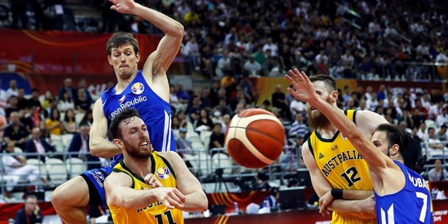 Avustralya Yarı Finalde