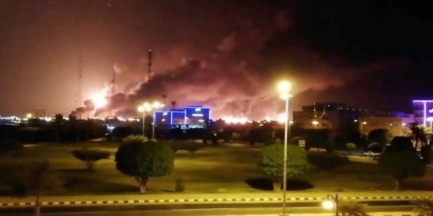 Suudi Arabistan'da petrol tesislerine drone ile saldırı: 'Petrol üretimi günlük 5 milyon varil azaldı'