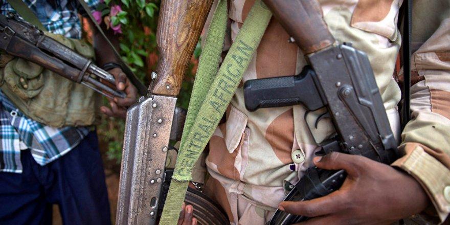 Orta Afrika'da Silahlı Gruplar Arasında Çatışma: 23 Ölü